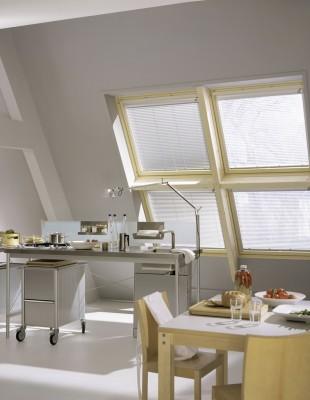 Horizontal-Jalousie - Dachfenster - Die Gardine Brühl - Nils Jansen