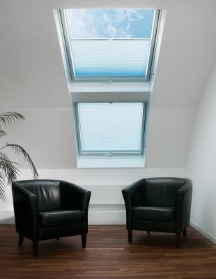 Plissee-Vorhänge - MHZ - Dachfenster - Die Gardine Brühl - Nils Jansen - Raumausstattung